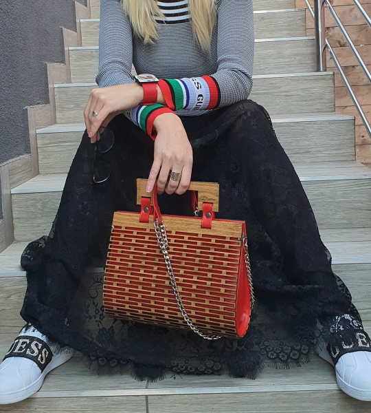 Leonora S Red